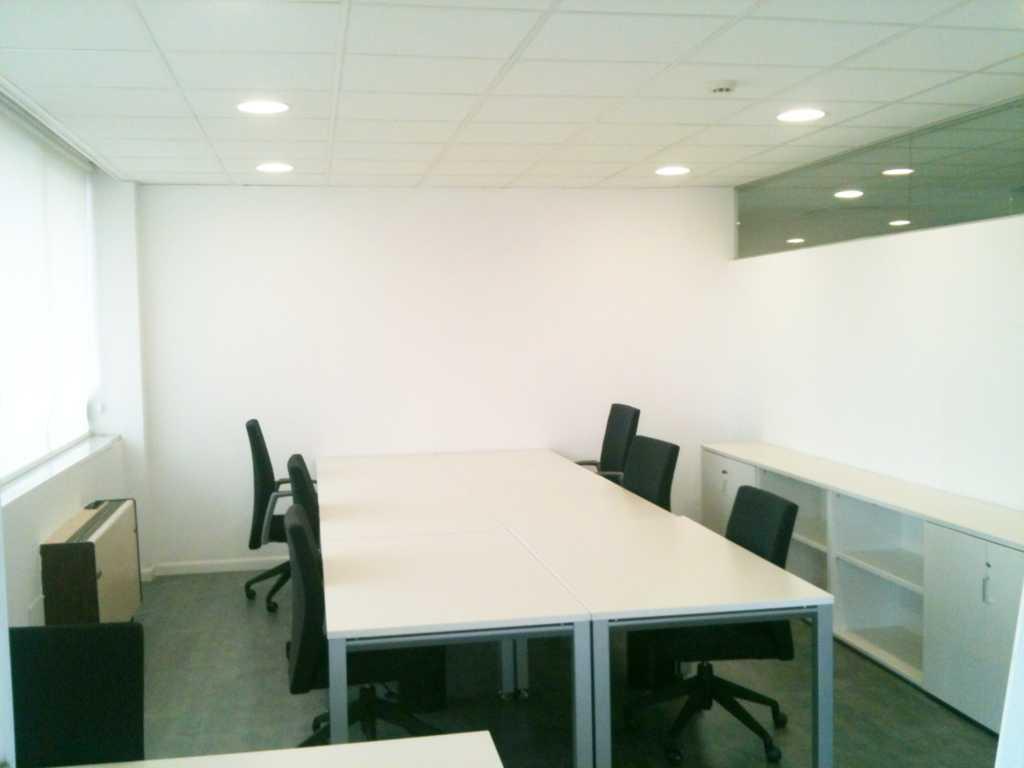 Madrid centro gran v a callao alquiler de despachos y for Oficina madrid centro