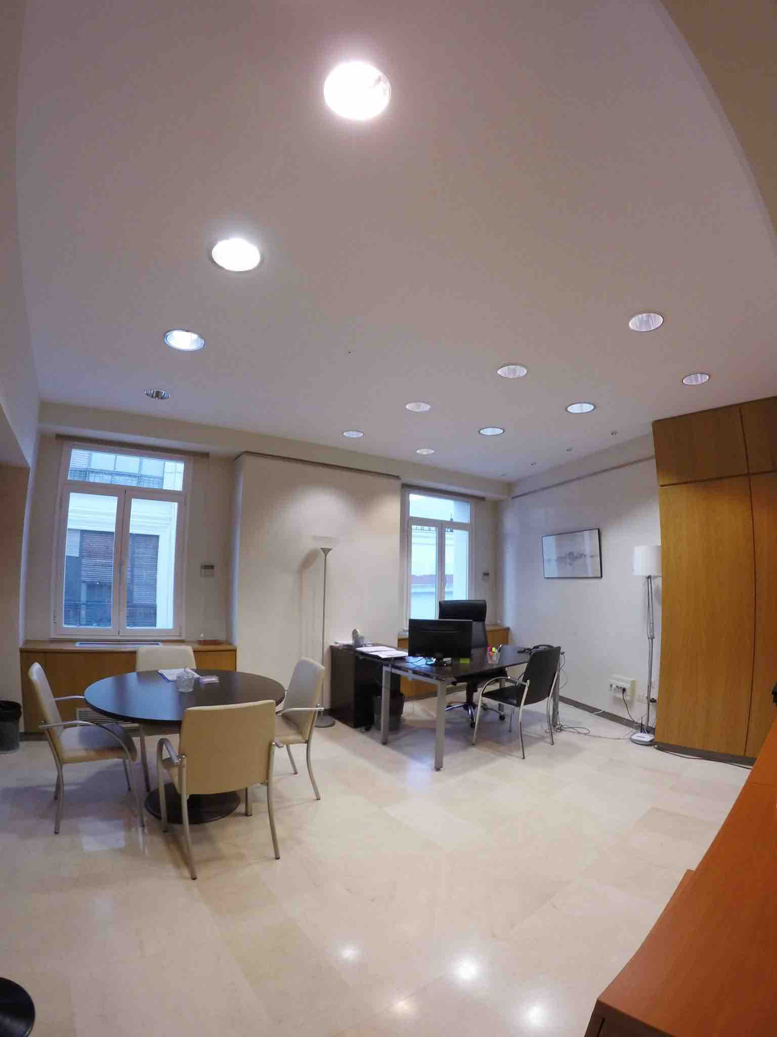 Sevilla alquiler de oficinas y despachos en sevilla for Oficinas cajasol sevilla