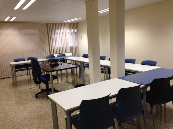 Alicante alquiler de despachos y oficinas en alicante for Oficinas bankia alicante